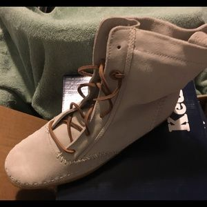 Ked's Sneaker Boots
